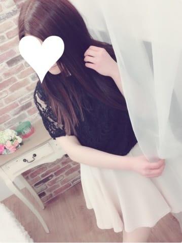「こんばんは〜〜」04/23(04/23) 18:40 | 空(そら)の写メ・風俗動画