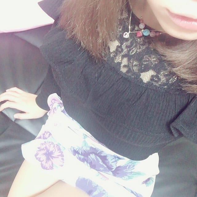 「出勤 - ♪」04/24(04/24) 14:39 | ルウの写メ・風俗動画
