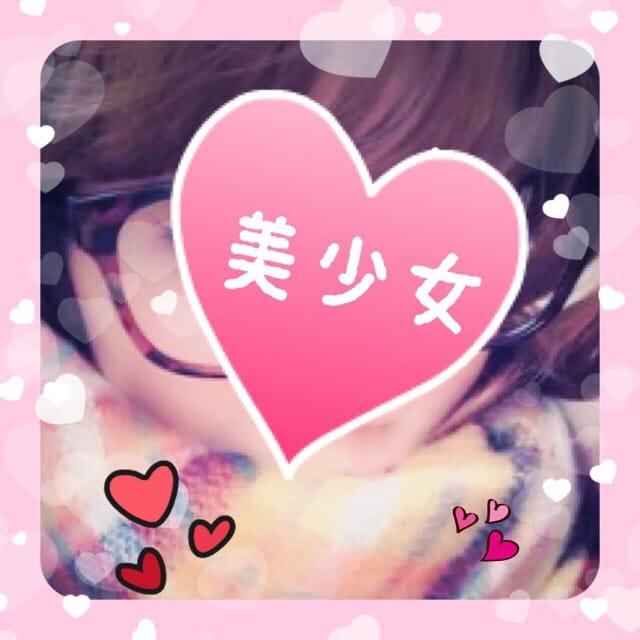 「コンビニの」04/24(04/24) 19:38   かりなの写メ・風俗動画