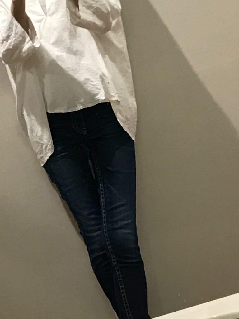 「こんにちは♪」04/25(04/25) 15:01   りんの写メ・風俗動画