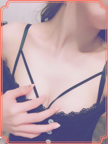 「この歳で…」04/25(04/25) 17:10 | るな/清純派美少女降臨の写メ・風俗動画