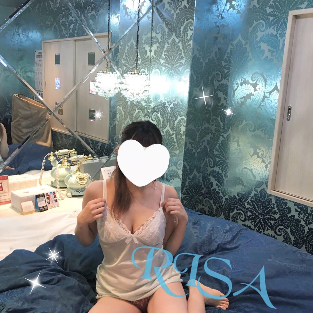 「明日から。。?」04/27(04/27) 23:45 | りさ キレカワ系の高身長美少女の写メ・風俗動画