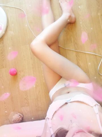 「出勤!」05/03(05/03) 20:04 | りのの写メ・風俗動画