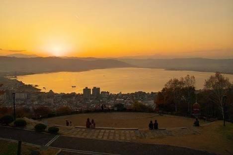 「諏訪湖へ」05/08(05/08) 19:12 | メイカの写メ・風俗動画