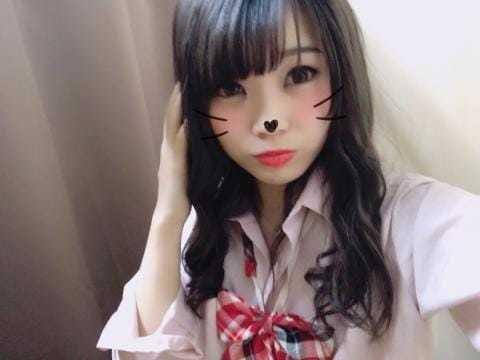 「出勤してま~すっ!よろしくね★」05/23(05/23) 19:07 | なちの写メ・風俗動画