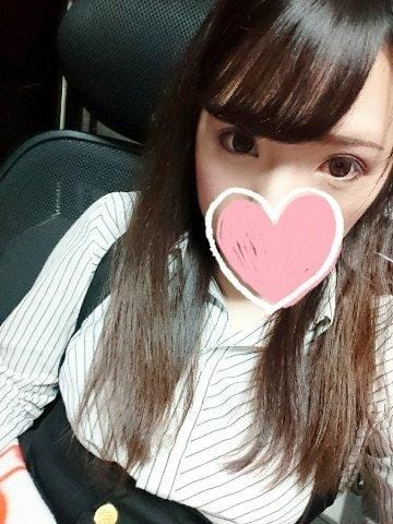 「知らない……」05/26(05/26) 15:10 | ゆり【美乳】の写メ・風俗動画
