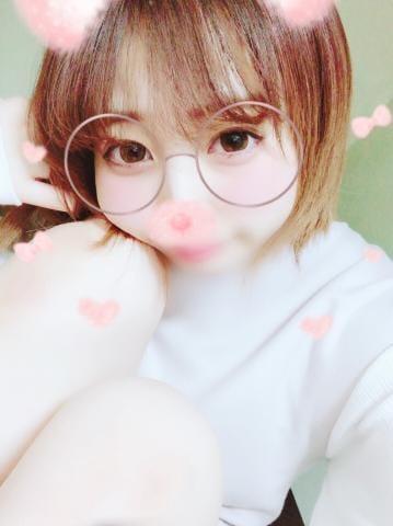 「出勤なう(`・ω・)」05/28(05/28) 22:36   ひびき 期待度200%美少女の写メ・風俗動画