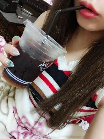 「?(?-?  )??? ゚」05/31(05/31) 20:22   あかりの写メ・風俗動画