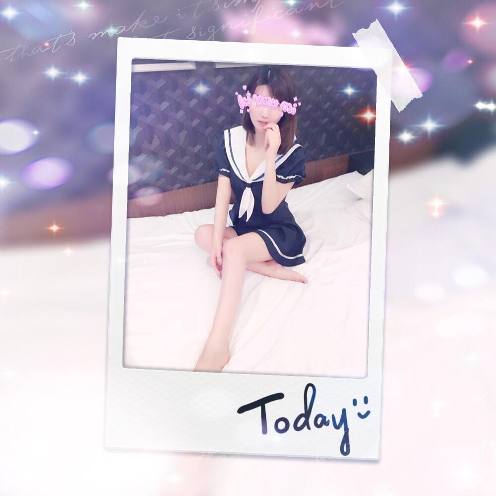 「明日13時」06/01(06/01) 02:42   まなの写メ・風俗動画