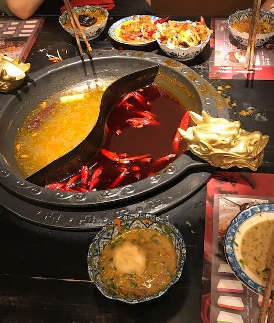 「本格の四川火鍋を食べましたよ〜」06/10(06/10) 19:13 | マナの写メ・風俗動画
