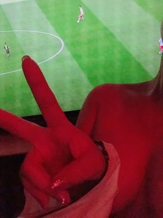「サッカー??」06/21(06/21) 23:00 | びび【アニメ声】の写メ・風俗動画