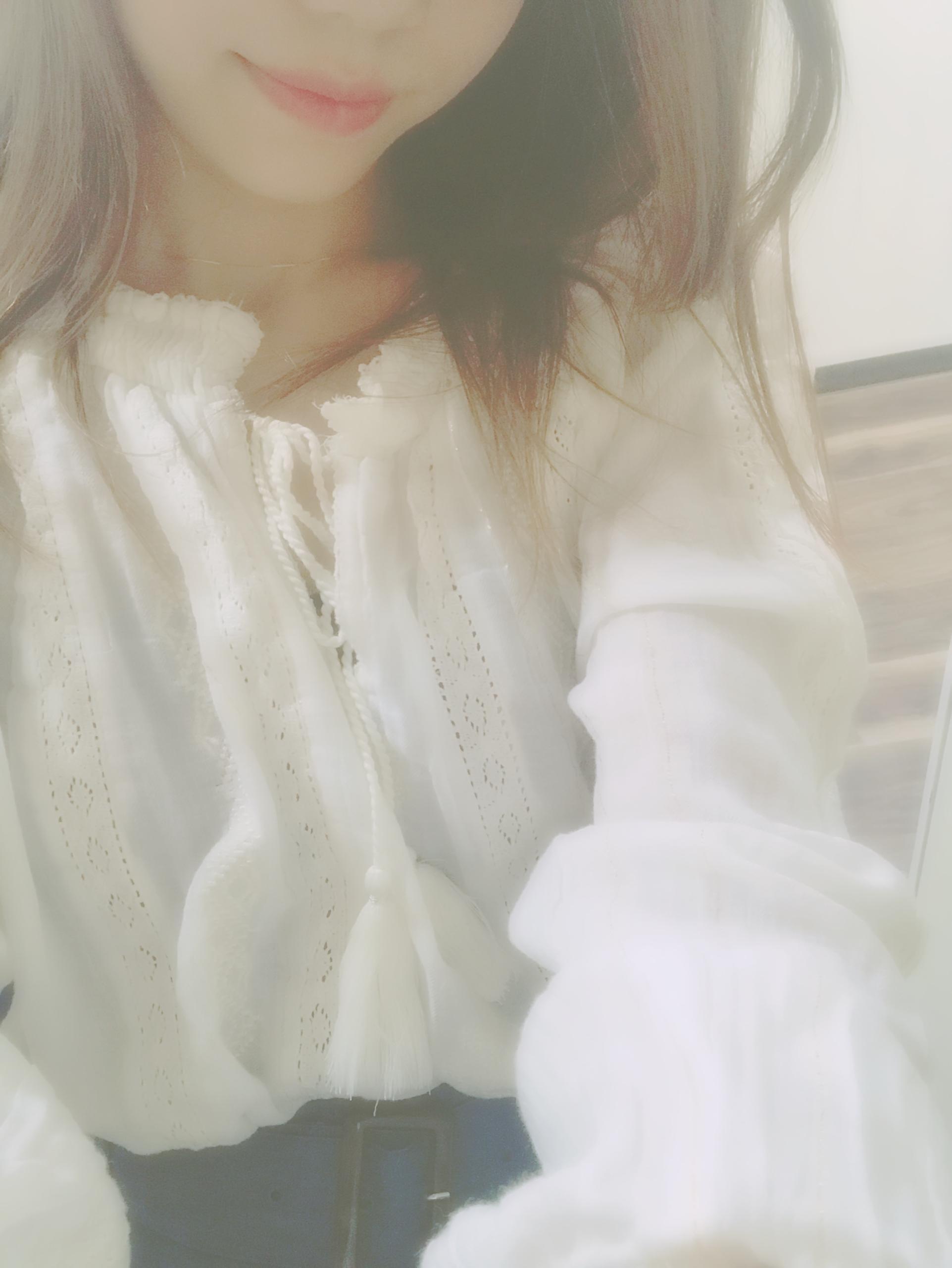 「はじめまして」06/26(06/26) 18:52 | 天音の写メ・風俗動画