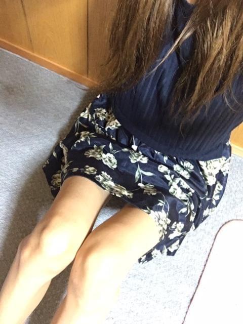「出勤しました☆★」06/26(06/26) 21:08 | りお★オススメ★H度最高なモデル級美女♪の写メ・風俗動画