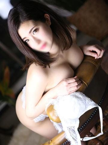 「まだまだスッキリ生咥えお任せ下さい❤️」07/03(07/03) 03:42 | 店長の写メ・風俗動画