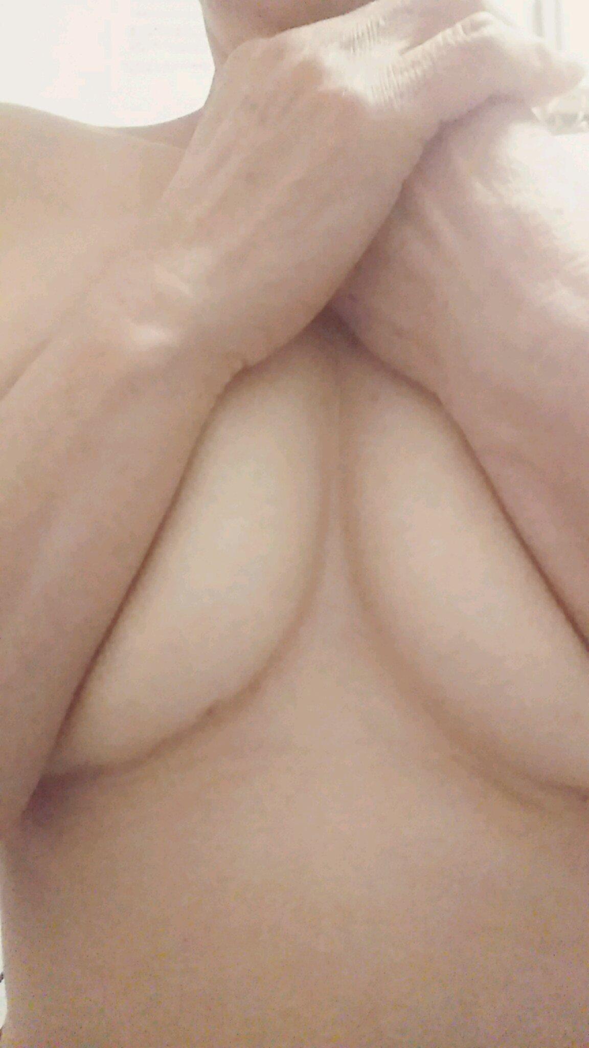 「お誘いお待ちしてます」07/04(07/04) 17:08 | ことの京橋熟女の写メ・風俗動画