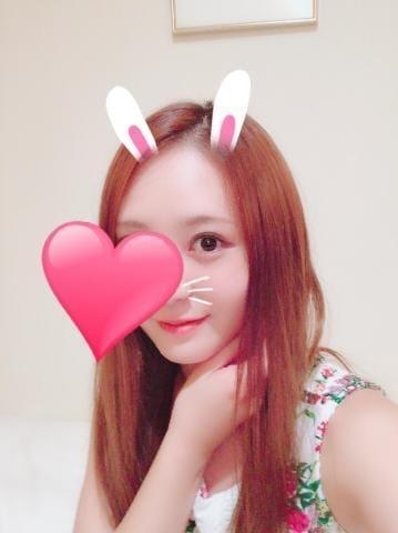 「♡」07/22(07/22) 18:20 | 新人 さな(さな)の写メ・風俗動画