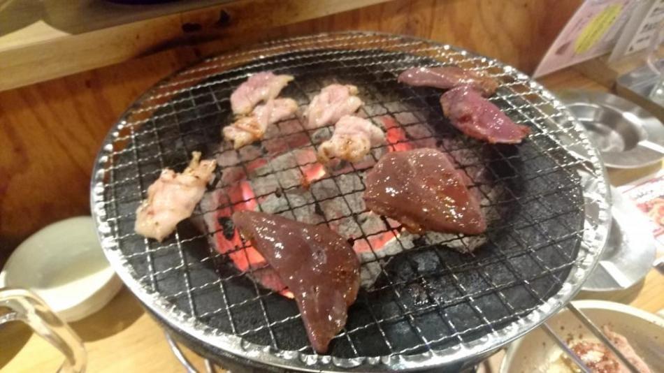 「お肉を食べて夏バテに負けないぞー!!」08/07(08/07) 08:00 | しおりの写メ・風俗動画