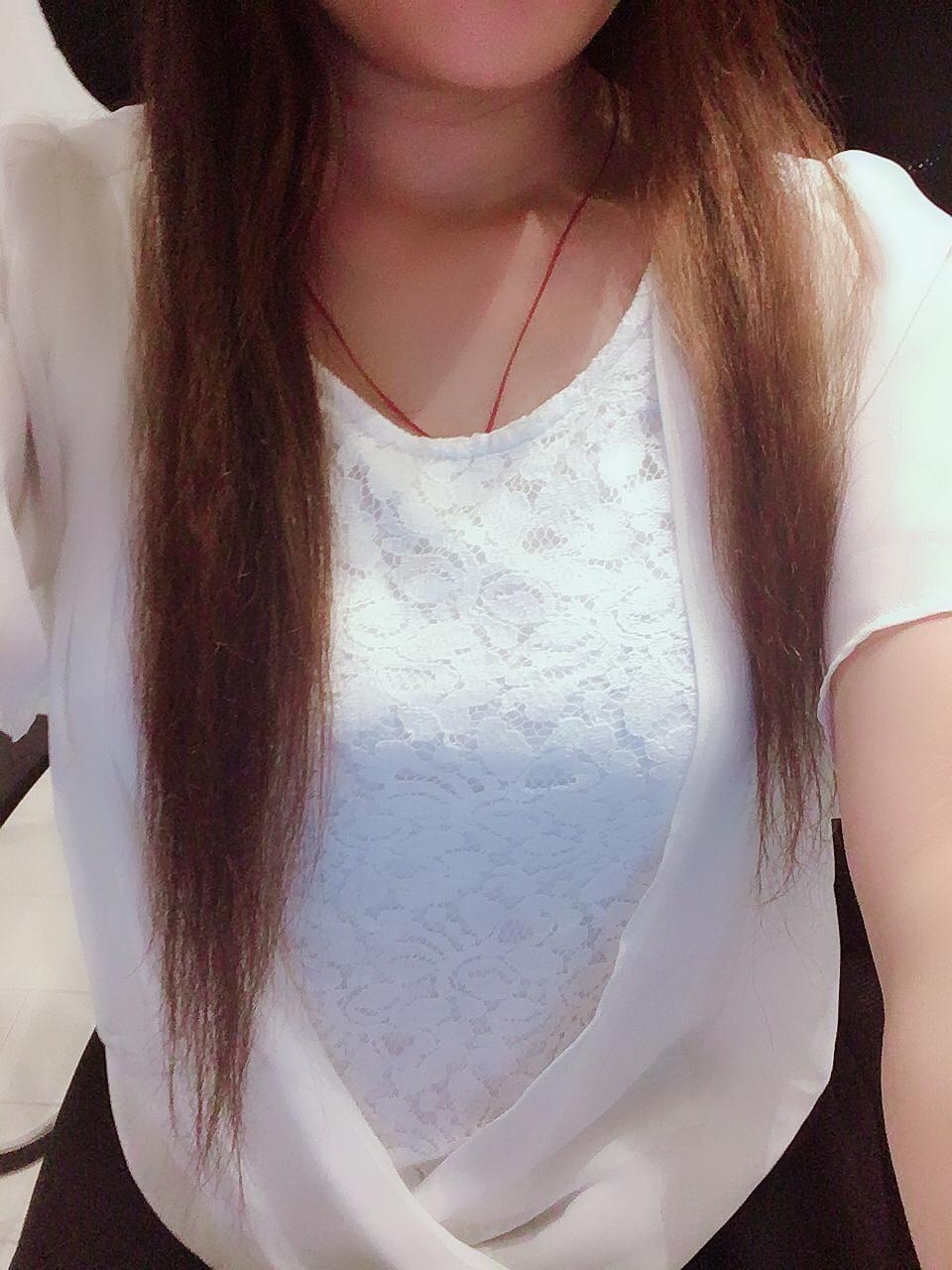 「今日も元気よく(笑)」08/11(08/11) 15:23   紫音の写メ・風俗動画