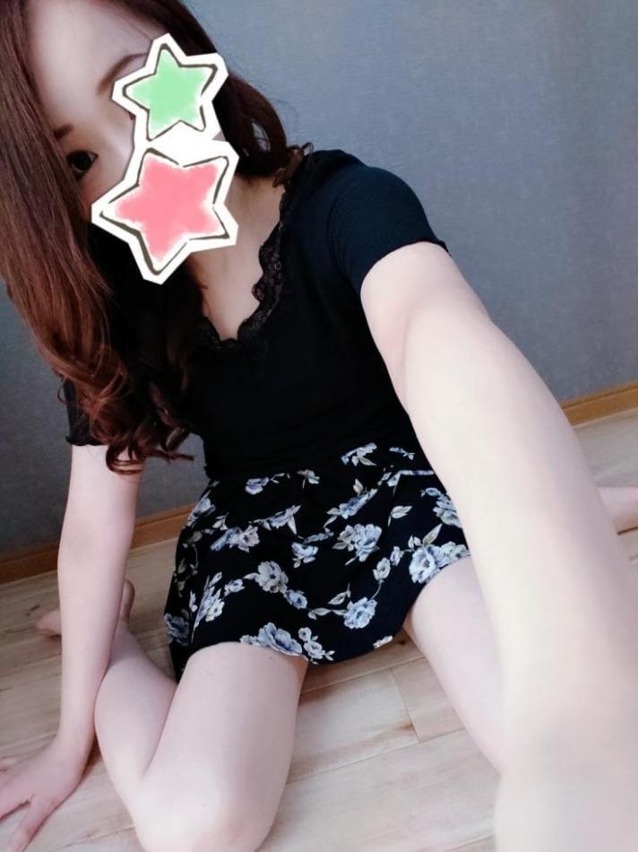 「おっはよん♡」08/12(08/12) 13:18   (新人)なぎさの写メ・風俗動画