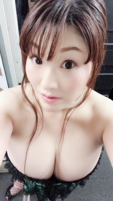 「今日は」08/13(08/13) 13:03 | 白鳥寿美礼の写メ・風俗動画