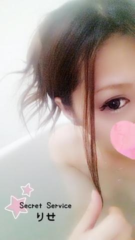「>> 出勤 .*」08/14(08/14) 10:27   ☆りせの写メ・風俗動画