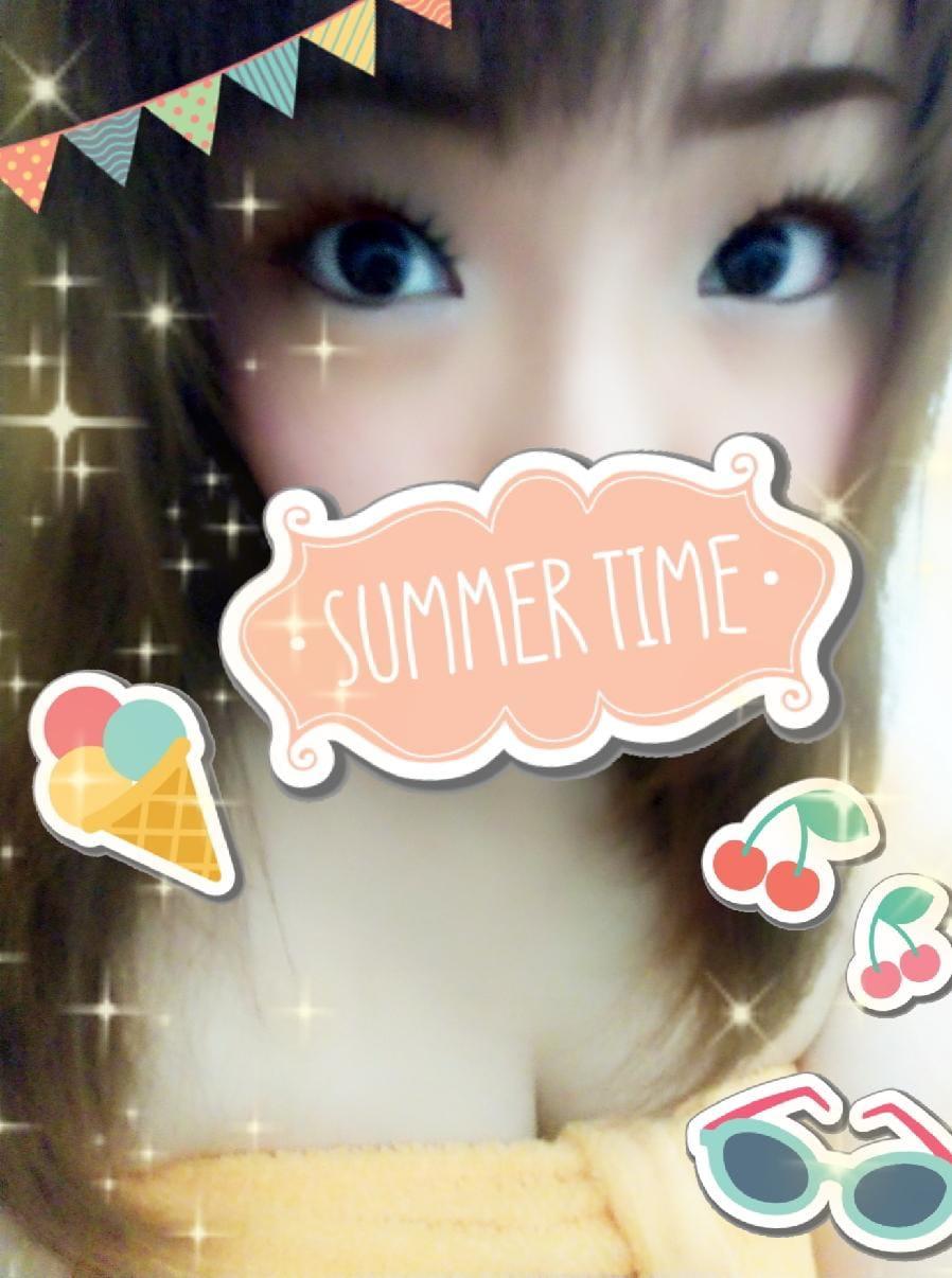 「こんにちは♪」08/22(08/22) 12:26   れいなの写メ・風俗動画
