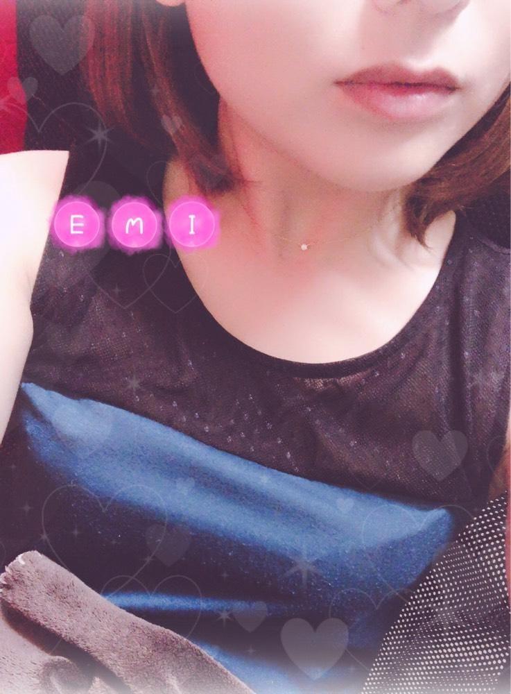 「えみ」08/28(08/28) 21:50   えみの写メ・風俗動画