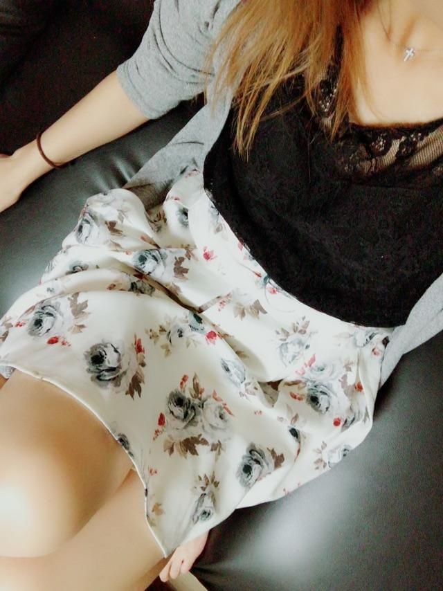 「こんばんは?」09/08(09/08) 19:40 | 夏目 水波(みなみ)の写メ・風俗動画