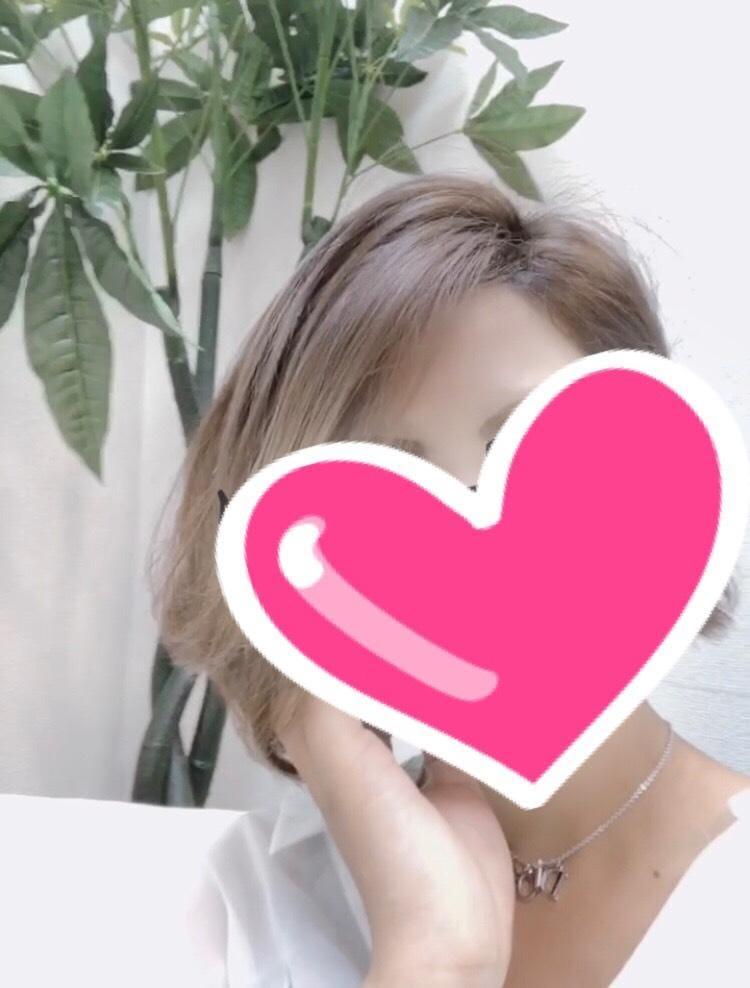 「髪ばっさりです♡」09/11(09/11) 15:35 | 藤井 しずかの写メ・風俗動画