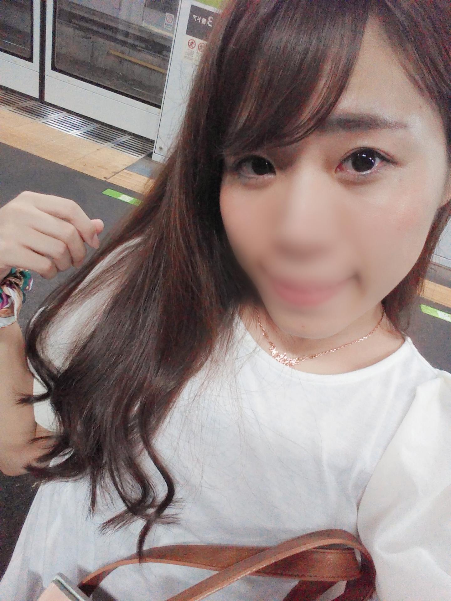 「うどん食べれんかった………」09/13(09/13) 14:30 | 有村あかねの写メ・風俗動画