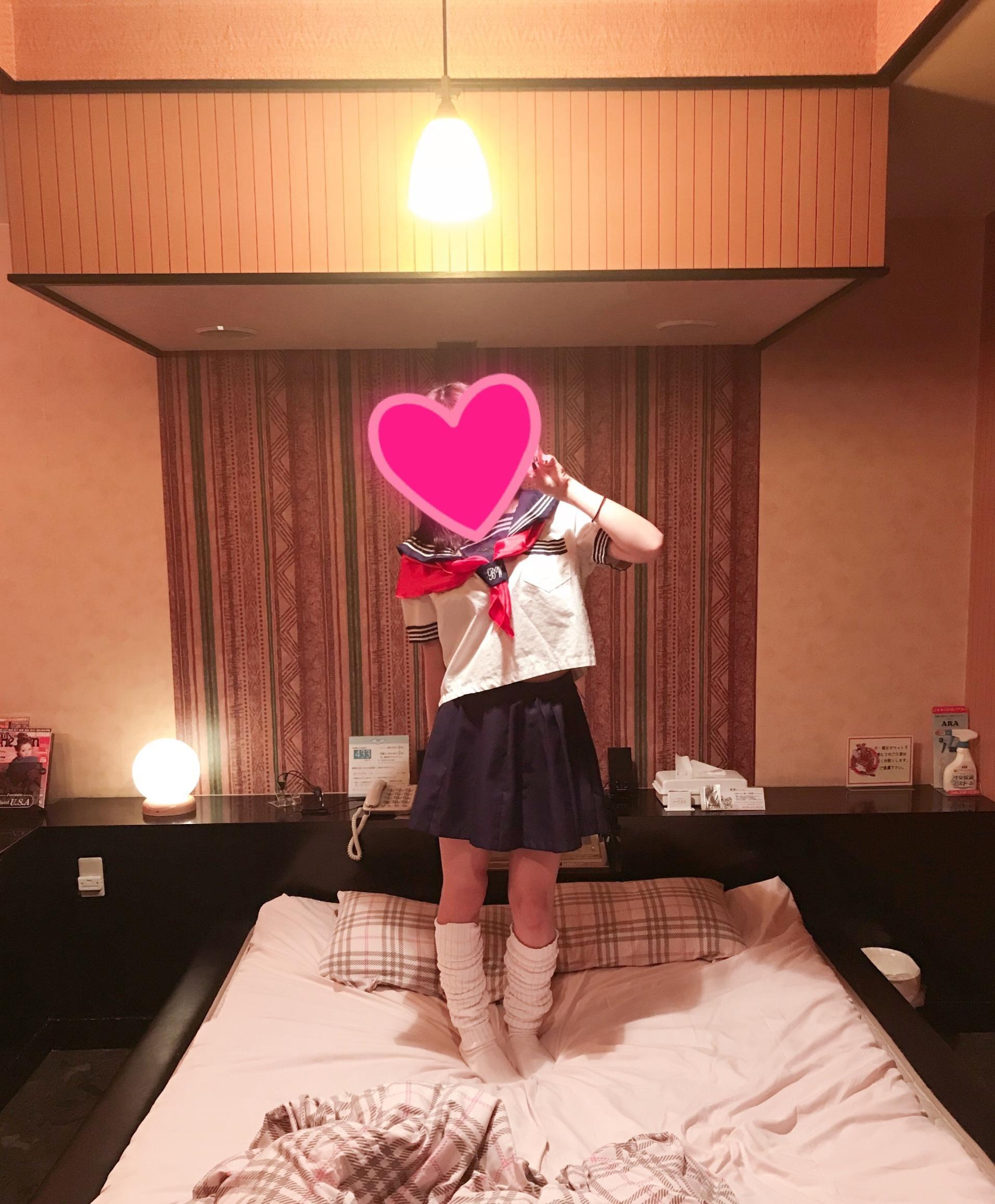「お休みします」09/18(09/18) 10:02 | V☆ゆんの写メ・風俗動画