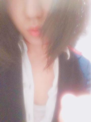 「こんにちは(。・ω・)ノ」09/23(09/23) 13:23   まなの写メ・風俗動画