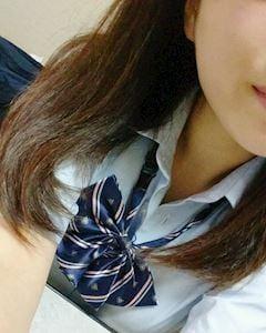「こんばんは!」10/05(10/05) 17:47   ひなこの写メ・風俗動画