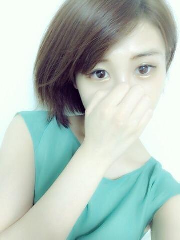 「こんばんわ」10/14(10/14) 01:43 | りりの写メ・風俗動画