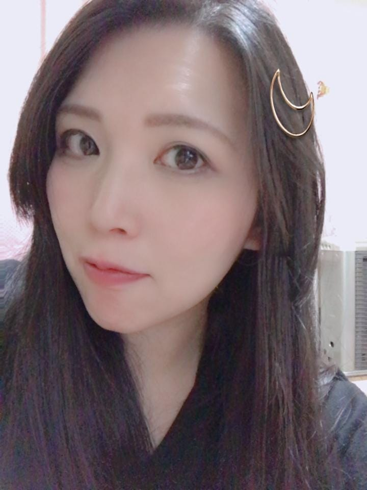 「(。・ω・)ノ゙ コンチャ♪」10/14(10/14) 14:55   りおんの写メ・風俗動画