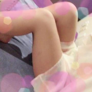 「出勤してますっ☆待ってるね。」10/15(10/15) 17:56   カワキタの写メ・風俗動画