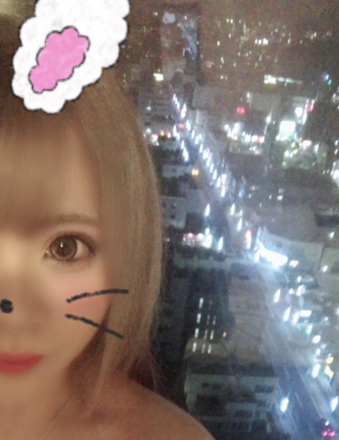 「やほー!」10/15(10/15) 21:02   るかの写メ・風俗動画