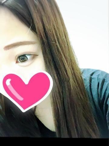 「出勤してます♡」10/15(10/15) 22:17   はな☆幼児体型AF挑戦☆の写メ・風俗動画