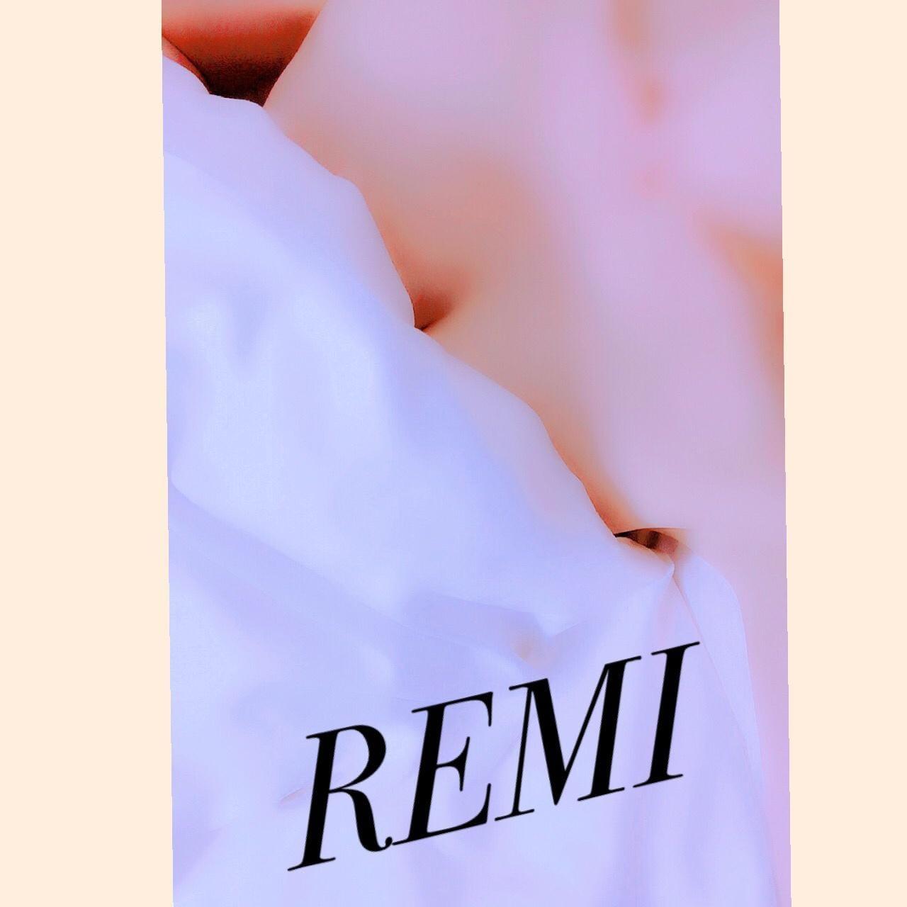 「おはようございます♡」10/18(10/18) 12:18 | レミの写メ・風俗動画