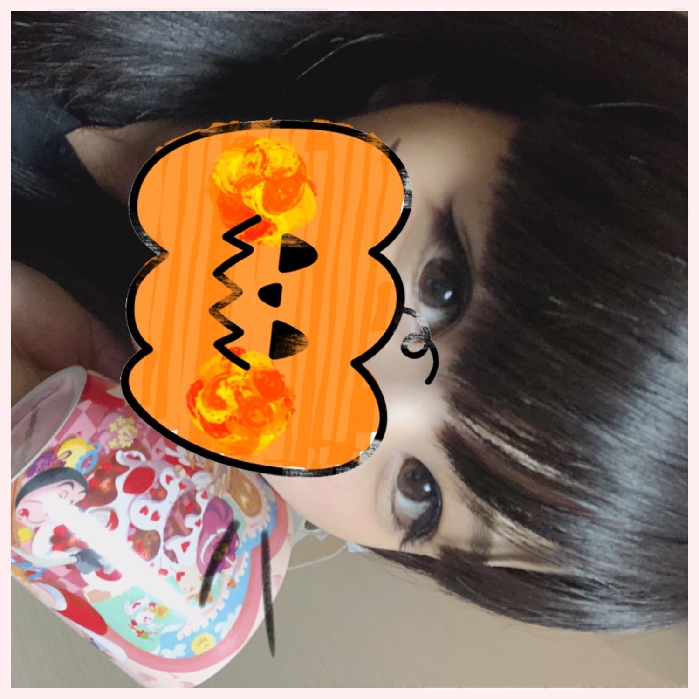 「ふふーん♪」10/18(10/18) 19:25   なこの写メ・風俗動画