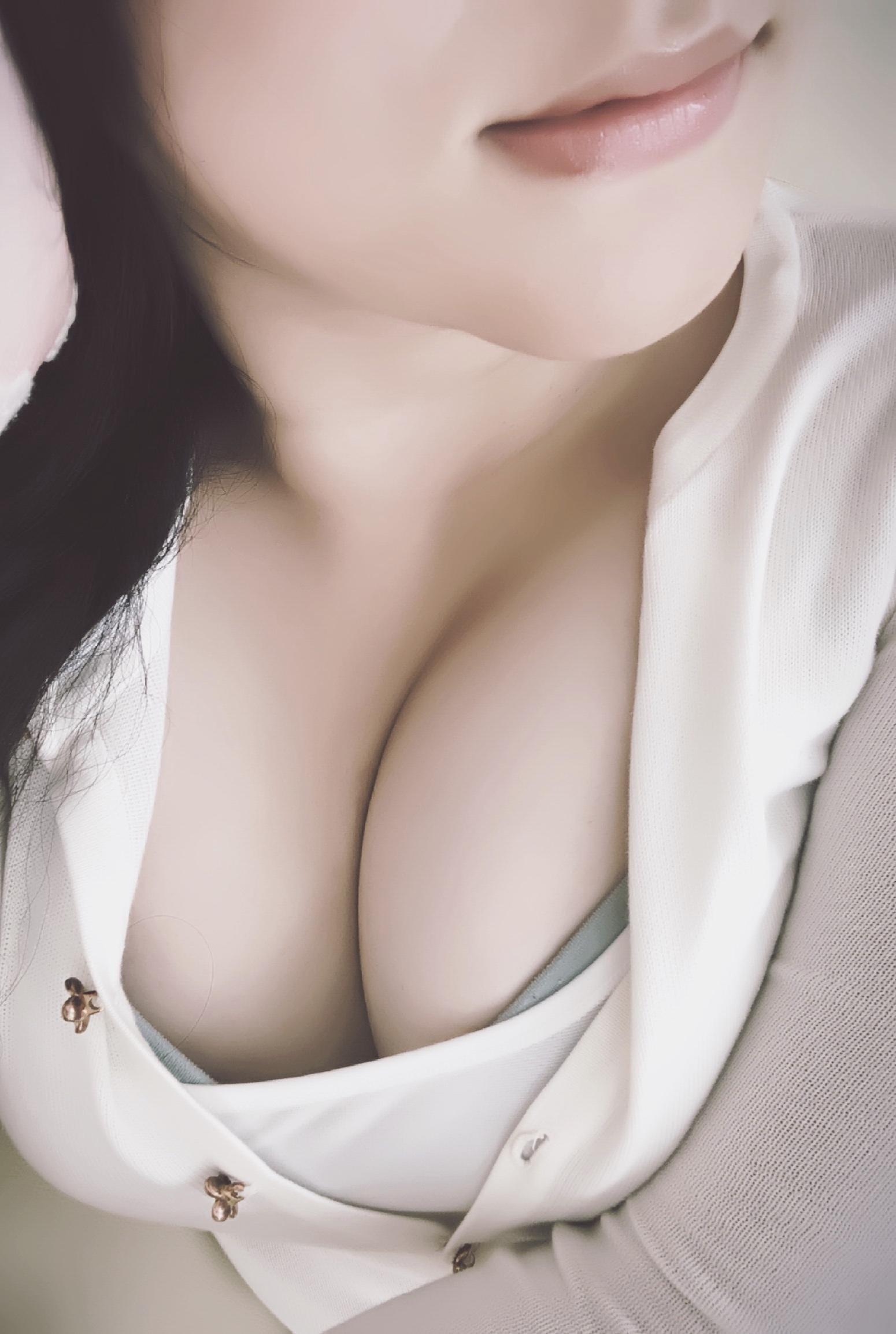 「こんにちわ」10/21(10/21) 15:25 | りえちゃんの写メ・風俗動画
