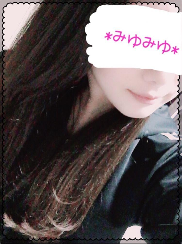 「こんばんわ☆」10/21(10/21) 22:21 | みゆみゆの写メ・風俗動画