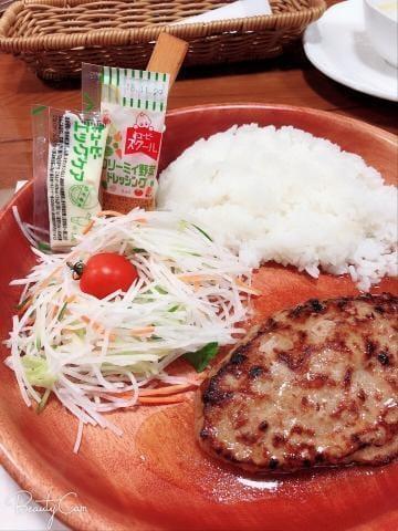 「お昼♡」10/22(10/22) 13:33 | みなみ 【全てがハイクオリティ】の写メ・風俗動画