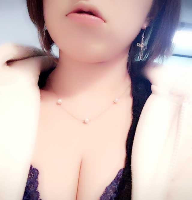 「こんばんはっヾ(*・ω・*)ノ」10/23(10/23) 21:26 | ハルヒ(ナース)の写メ・風俗動画