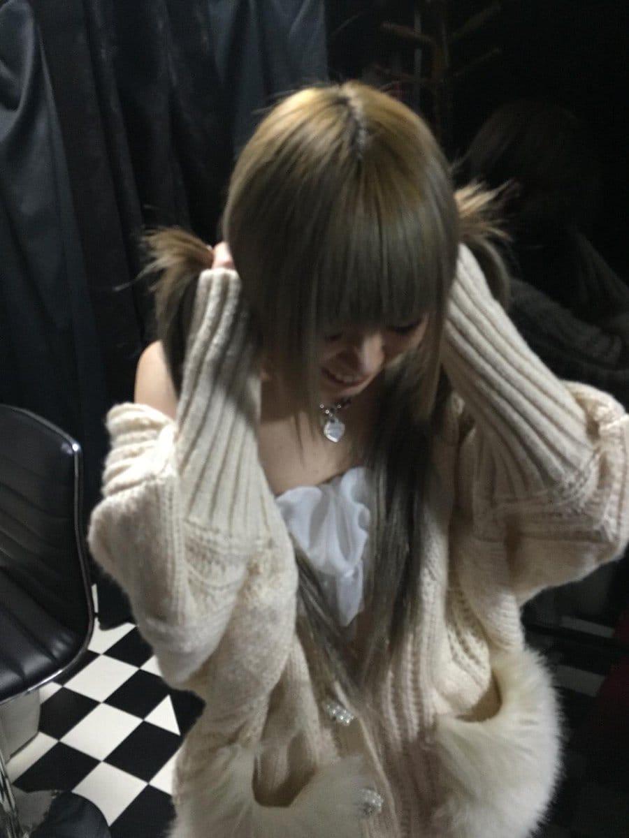 「おはよう(^_-)-☆」11/03(11/03) 23:18   ゆきなの写メ・風俗動画