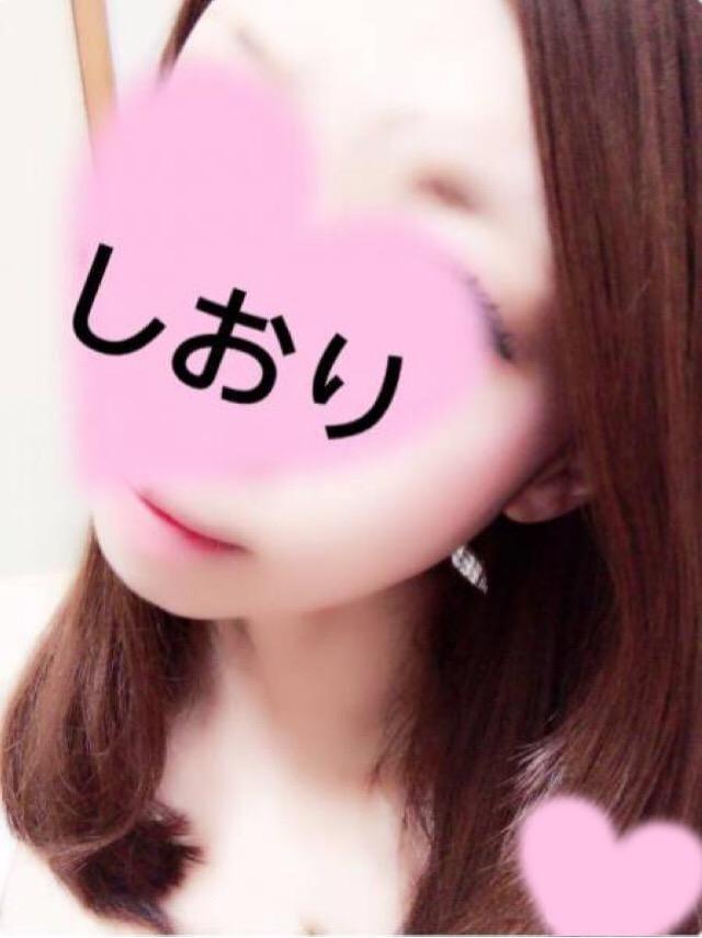 「しおり」11/11(11/11) 20:05 | 詩織【新人】の写メ・風俗動画