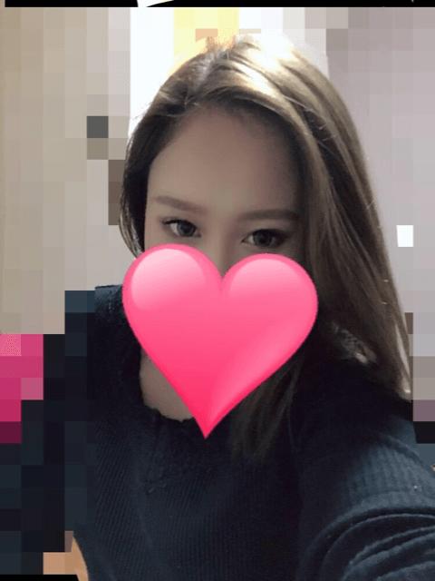 「こんばんは♡」11/11(11/11) 20:10   スズ ☆x2の写メ・風俗動画