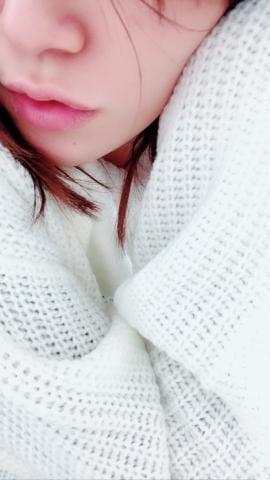 「白ニット?」11/14(11/14) 10:19 | 尾崎 つぐみの写メ・風俗動画