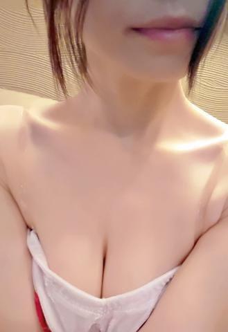 「我慢  出来ない??」11/17(11/17) 17:56   シズクの写メ・風俗動画