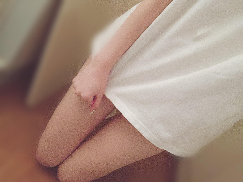 「ギリギリ見えない…よね?」11/23(11/23) 15:08 | ありさの写メ・風俗動画